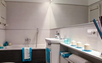 Comment gagner de l'espace dans une salle de bain : 3 astuces pratiques
